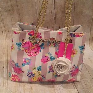 Betsey Johnson NWT floral handbag